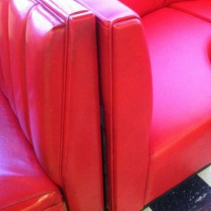 red round booth edges