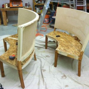 round booth frame