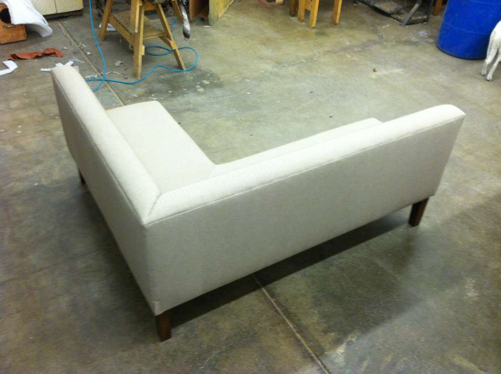 corner sofa edges